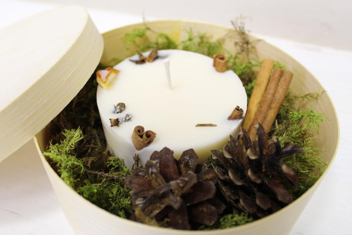 Aromātiskā svece kastītē ar gravējumu