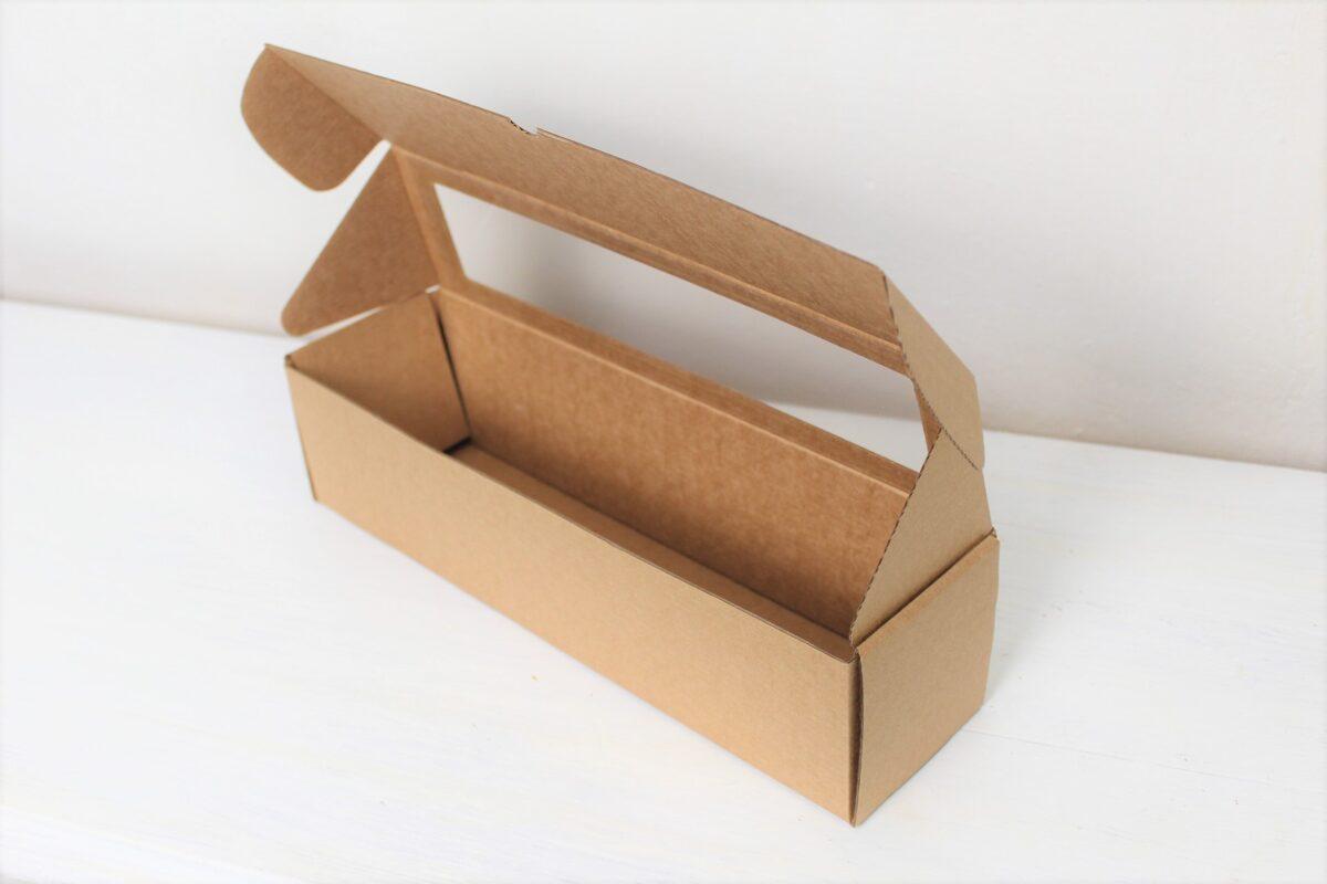Kartona kastīte ar lodziņu 320 x 83 x 83 mm /ZSK1/