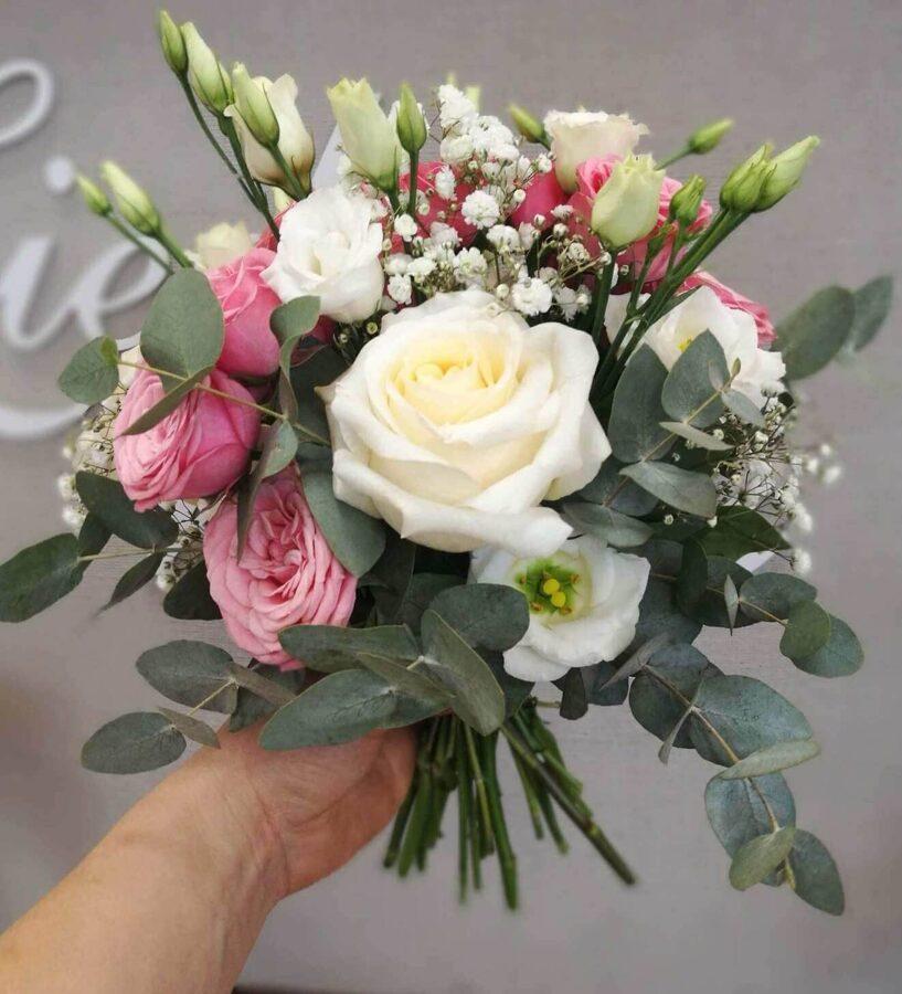 Ziedu pušķis sievietei - Mazais maigums
