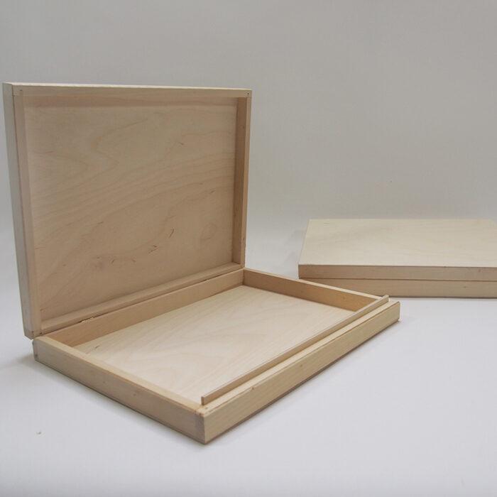 Koka kaste diplomiem, dzimšanas un laulības apliecībām  325x255x45 mm /ZSKK120/