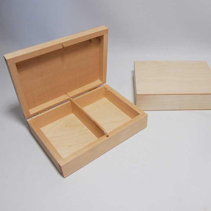 Koka kaste ar 2 nodalījumiem 160x120x40 mm /ZSKK17/