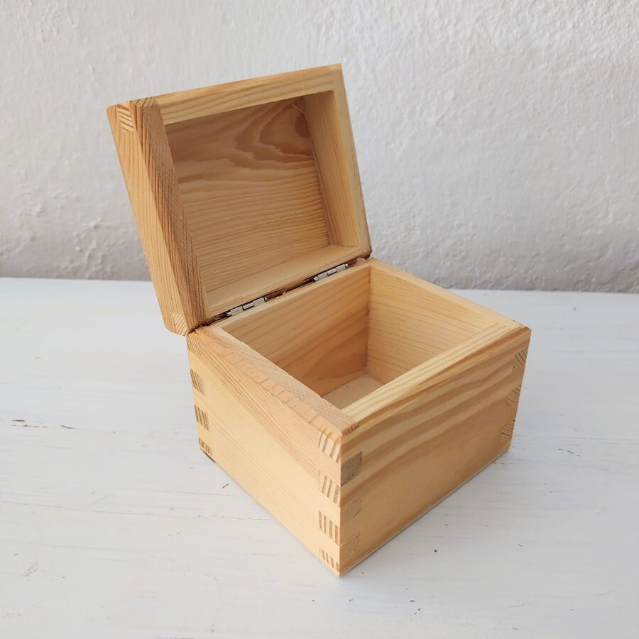 Koka kaste ar 1 nodalījumu 95x80x80mm /ZSKK26/